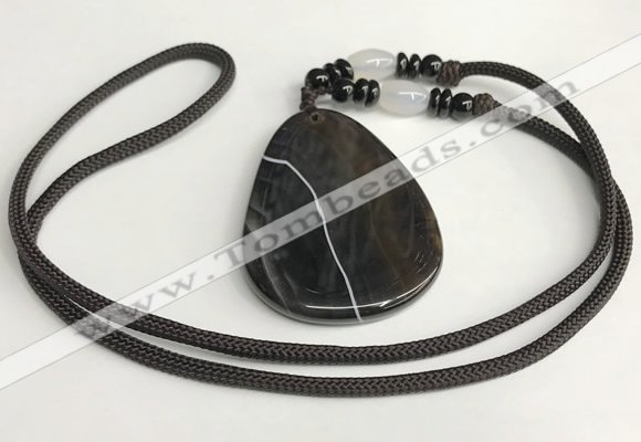 NGP5675 Agate flat teardrop pendant with nylon cord necklace